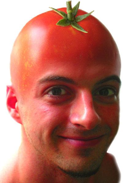 31032014: C'è chi si fa crescere i capelli chi la fronte